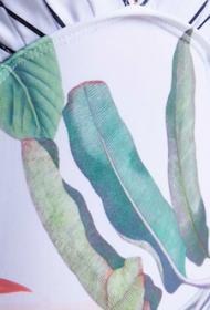 Black/White/Plant print